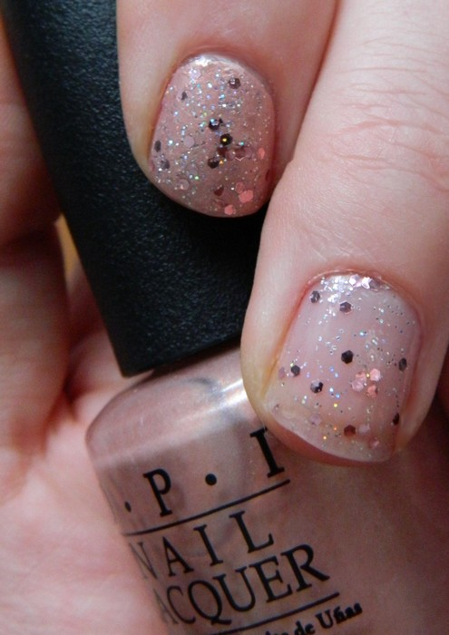 a buttefly moment et pink yet lavender OPI 2