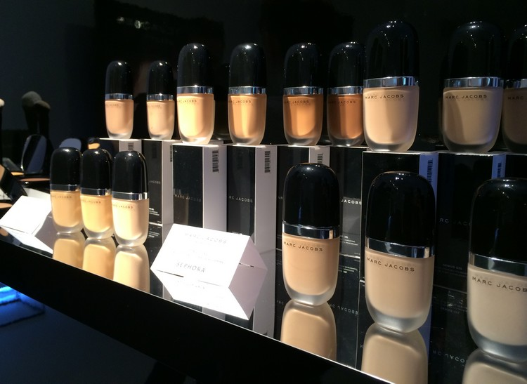 Maquillage Marc Jacob - GENIUS GEL SUPER-CHARGED FOUNDATION - FOND DE TEINT ULTRA PERFORMANT